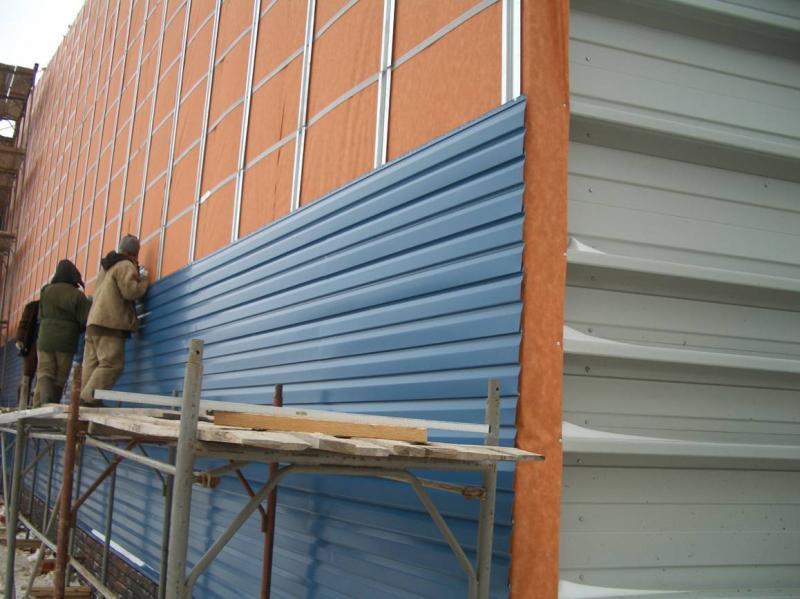 Качественная теплоизоляция здания или сэндвич панели