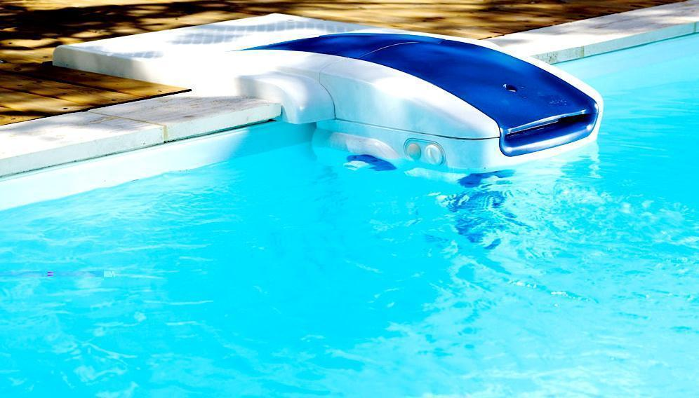 оборудование для очистки бассейнов